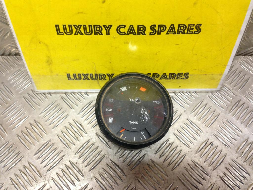 Porsche 924 (76 / 79) Fuel / Temp Gauge 477919035A (Missing Parts / Cracked