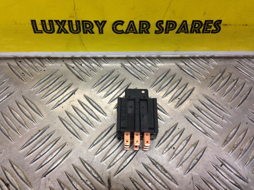 Porsche 986 Hazard Warning Switch / 98661312000